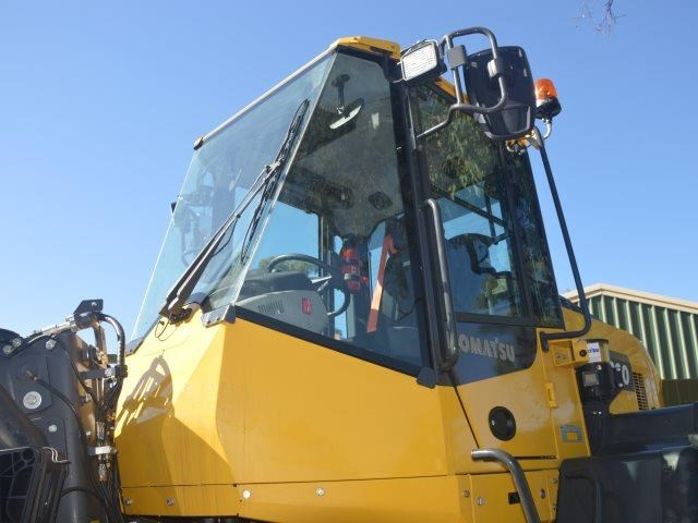 komatsu wa200-8 hitch, forks, 4in1 available 676713 043