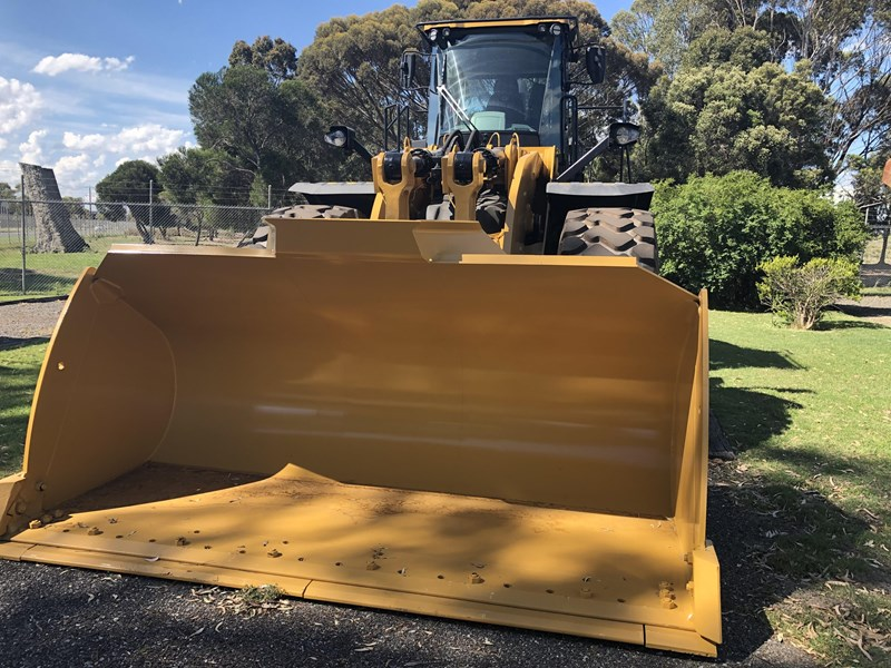 2017 CAT 980M for sale