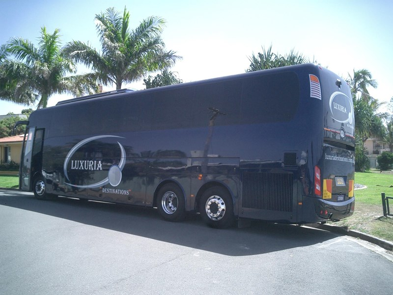 opulence the ultimate coach 678782 003
