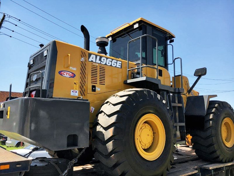 active machinery al966e 23t 'cat engine, 4sp transmission, attachments, 3 yr warranty 588713 001