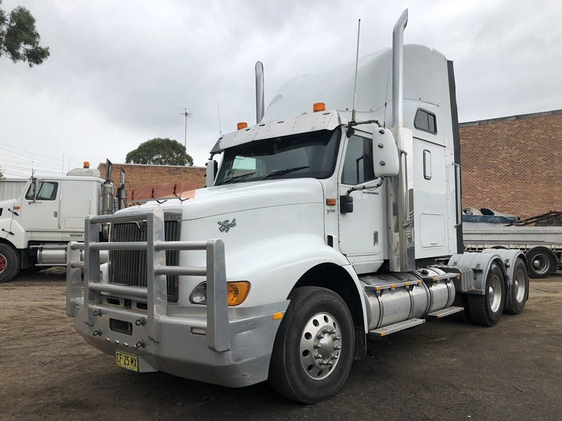 international 9200i eagle 680360 002