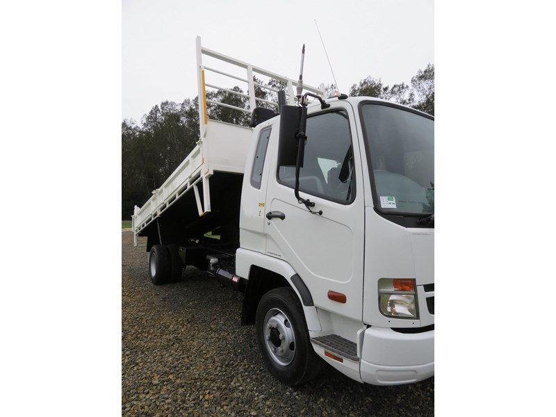 fuso fighter 6 666235 015