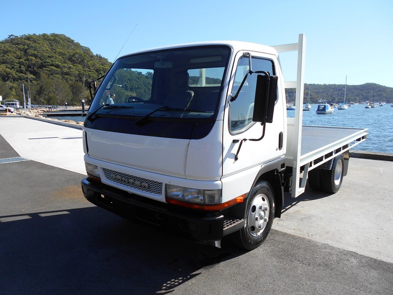 fuso canter 515 4x2 682564 003
