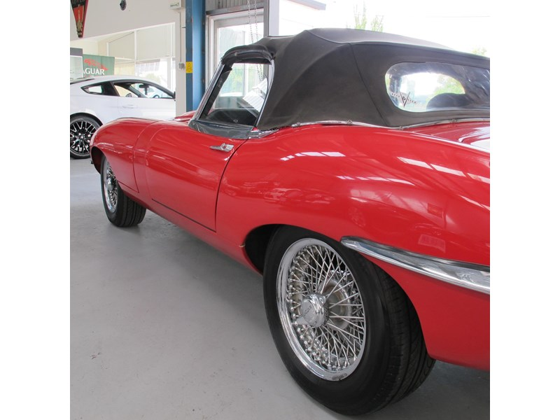 jaguar e-type 683047 007