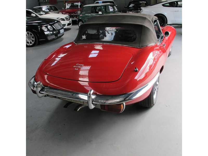 jaguar e-type 683047 014