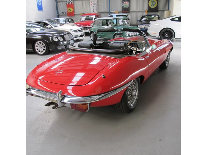 jaguar e-type 683047 002