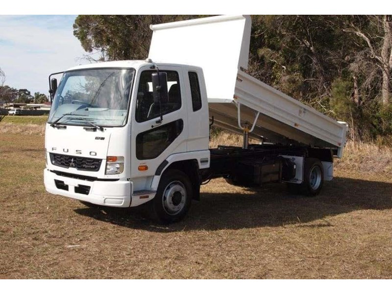 fuso fighter 1124 683874 002