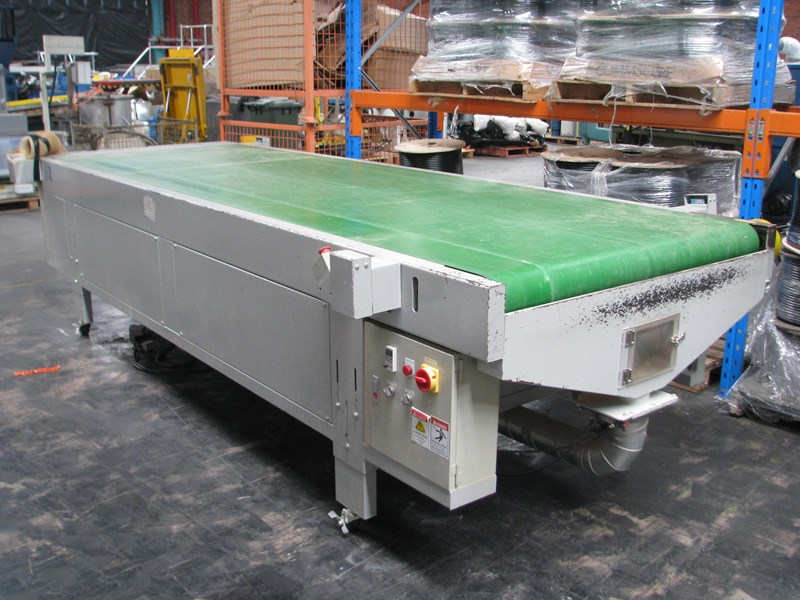 woodtron large cnc motorised belt conveyor sheet material feed and takeoff - 4m long 683900 001