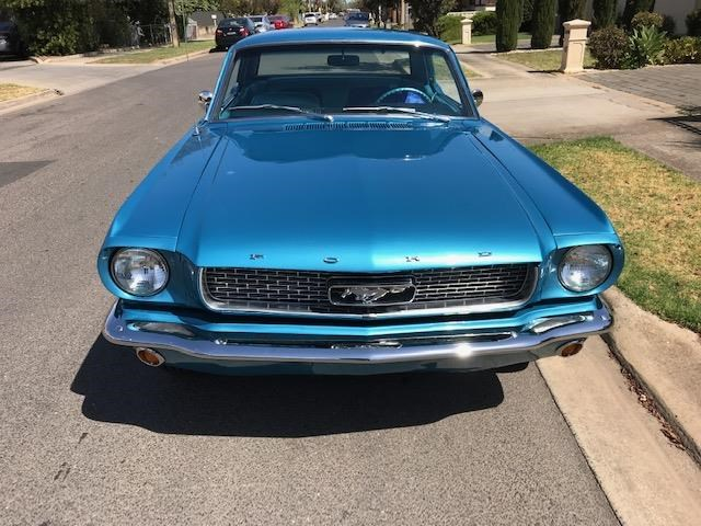 ford mustang 684594 012