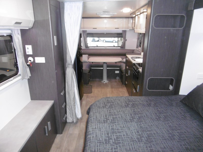 jayco journey 21.66-3 outback 684933 011