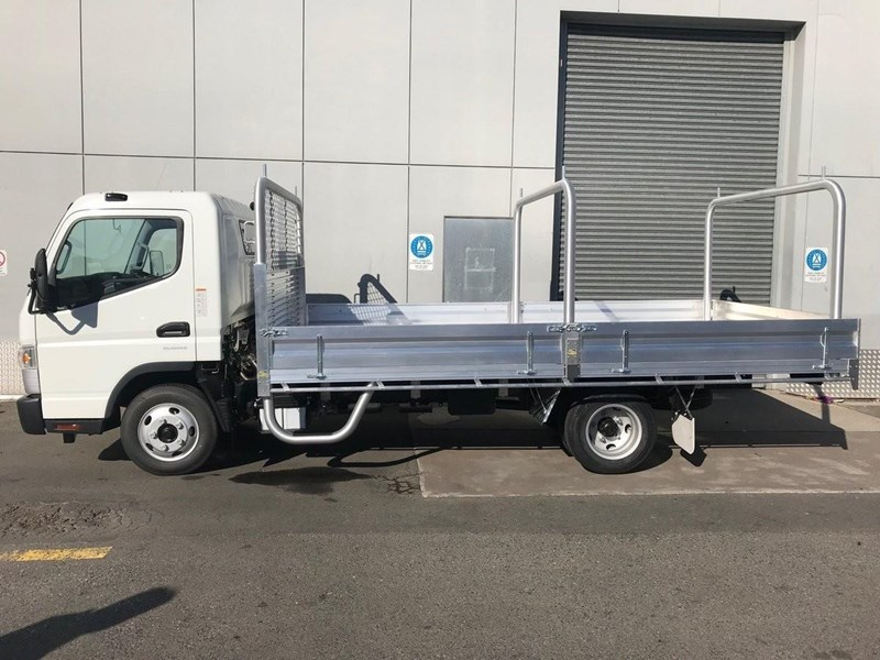 2018 FUSO CANTER 515 WIDE for sale
