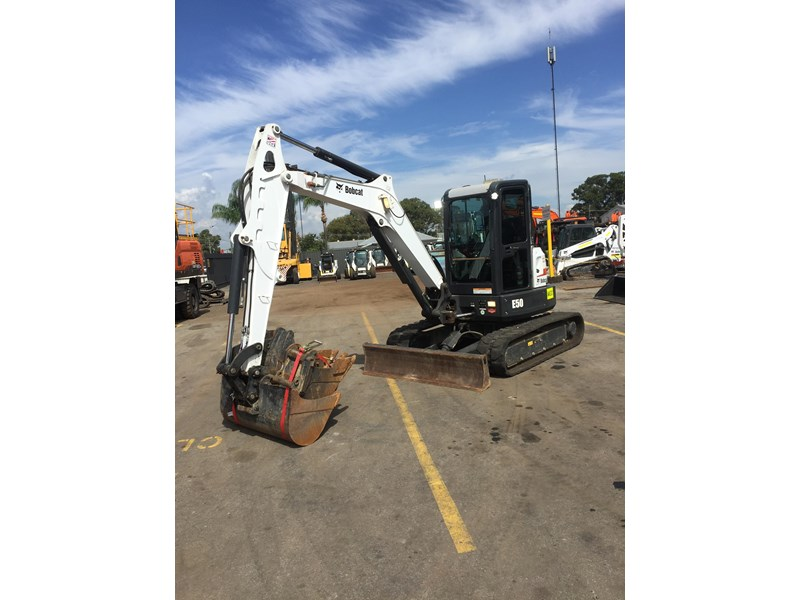 bobcat e50 - excellent condition - price reduced! 687499 002