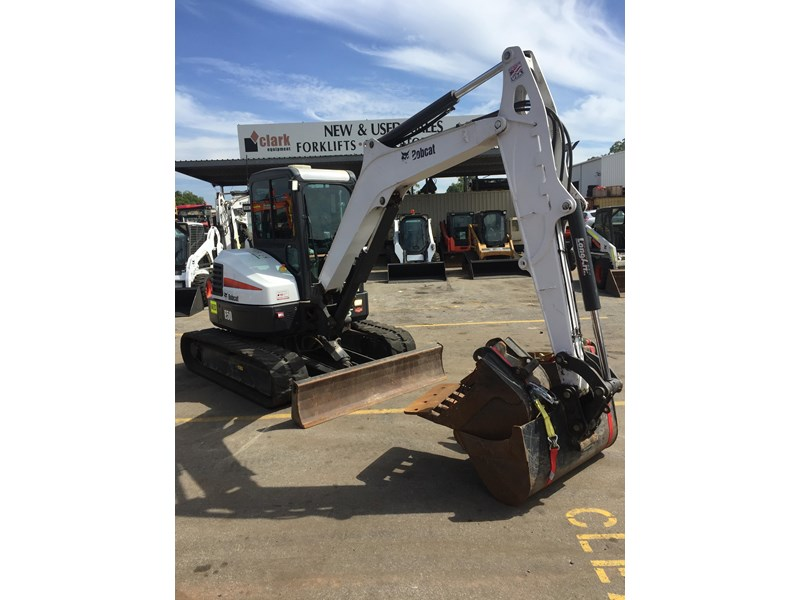 bobcat e50 - excellent condition - price reduced! 687499 004