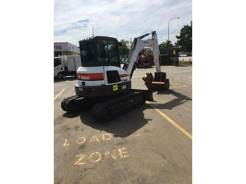 bobcat e50 - excellent condition - price reduced! 687499 006