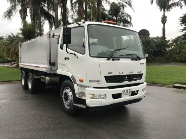 fuso fighter 602957 002