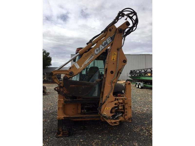 case 580 backhoe 690814 005
