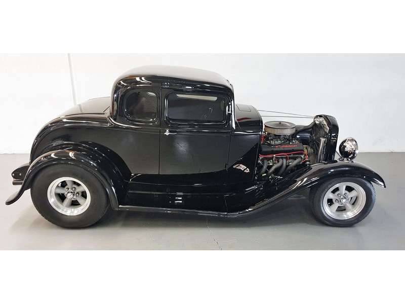 ford roadster 691635 004