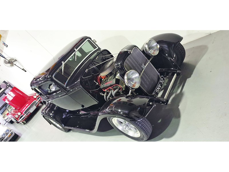 ford roadster 691635 002
