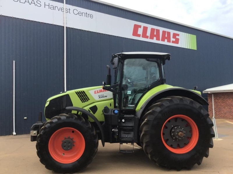 claas axion 870 692111 002