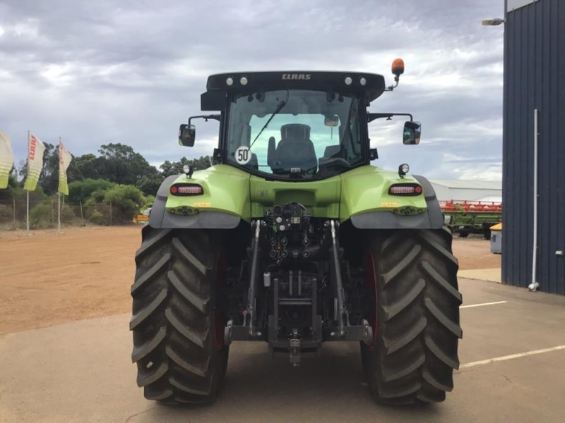 claas axion 870 692111 003