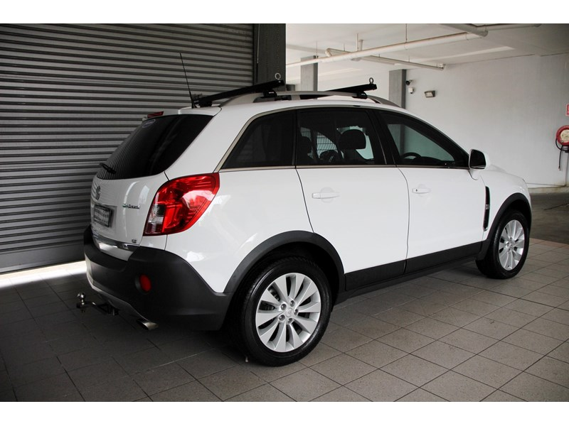 holden captiva 693314 003