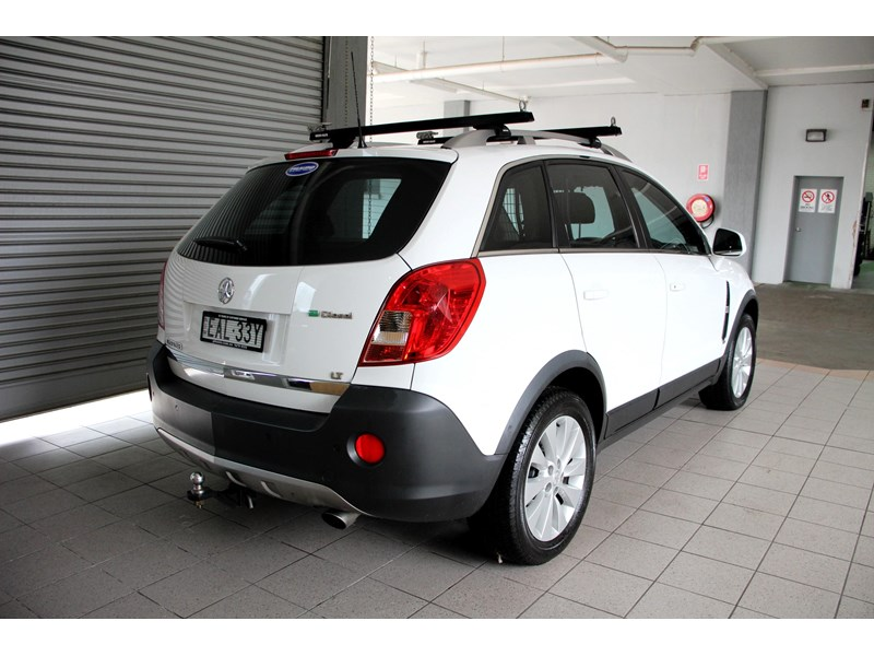 holden captiva 693314 004