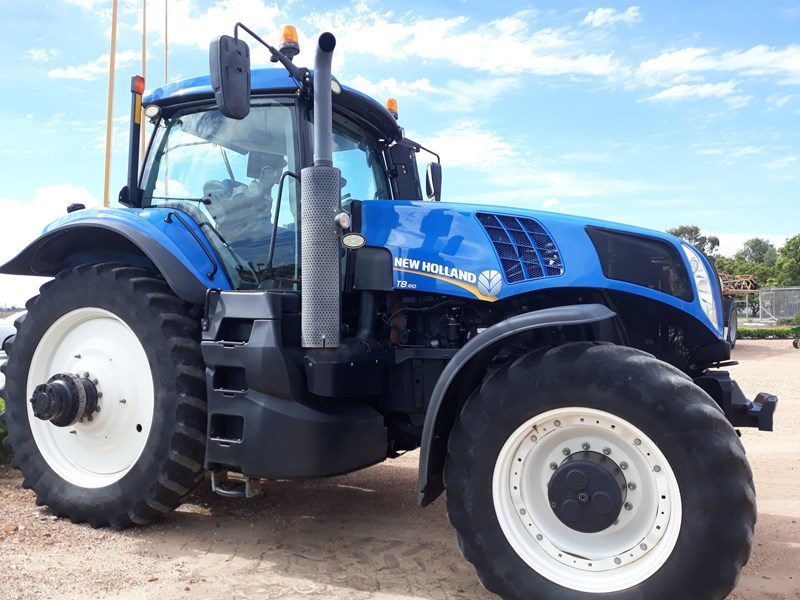new holland t8.410 694451 001