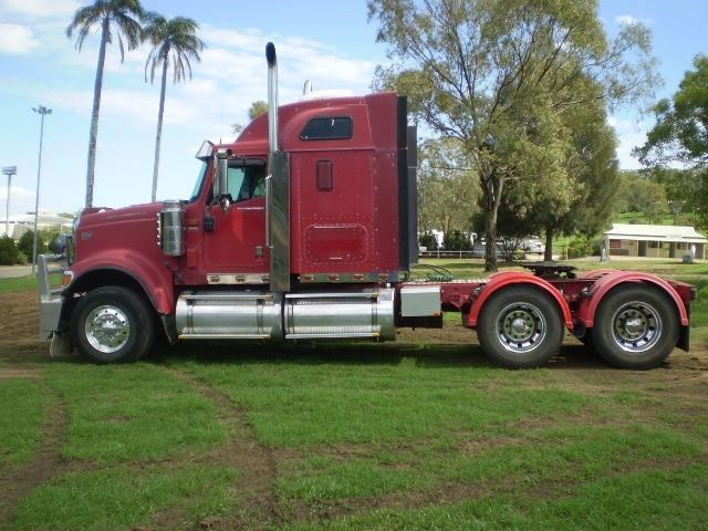 international 9000i eagle 692330 008