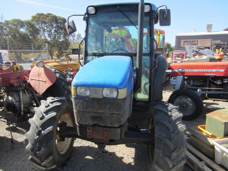 new holland tn70d 4 wheel drive tractor 694672 010