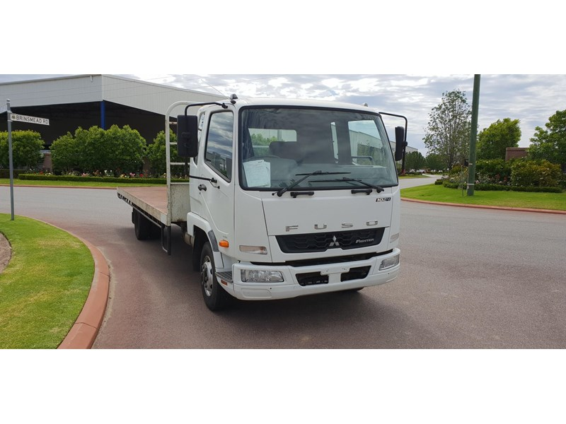 fuso fighter 1024 642294 001