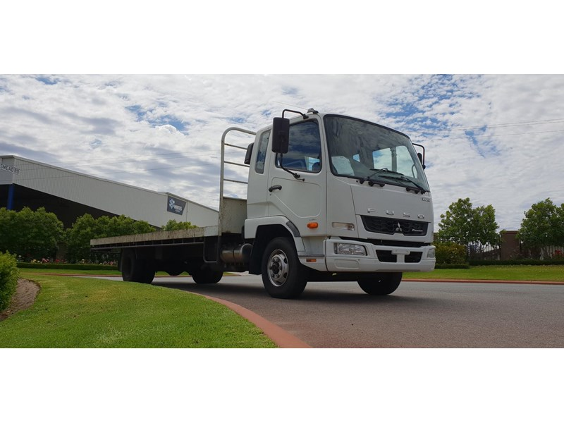 fuso fighter 1024 642294 002