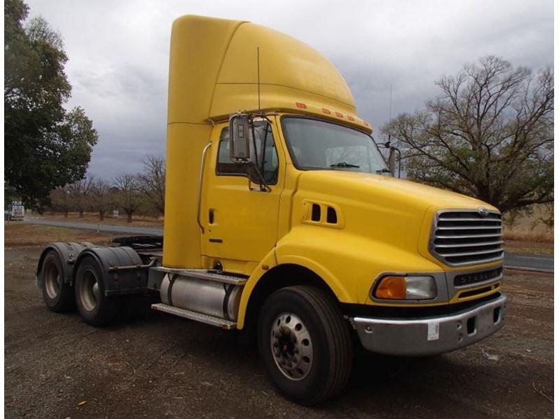 2004 STERLING LT9500 for sale