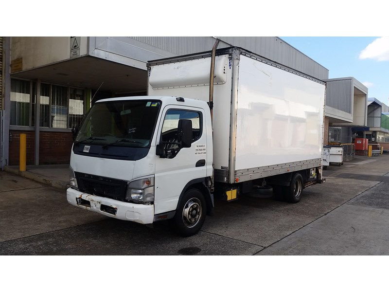 2005 FUSO CANTER 4 5 for sale