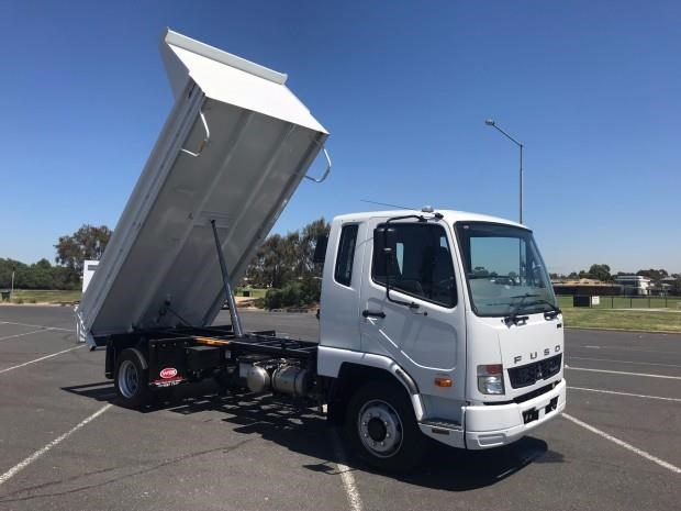fuso fighter 683348 009