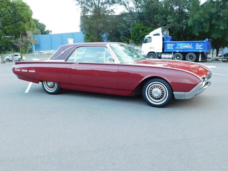 ford thunderbird 698842 015