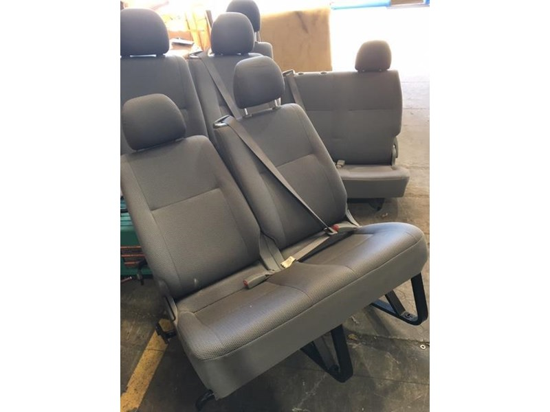 toyota hiace commuter seats 699197 001