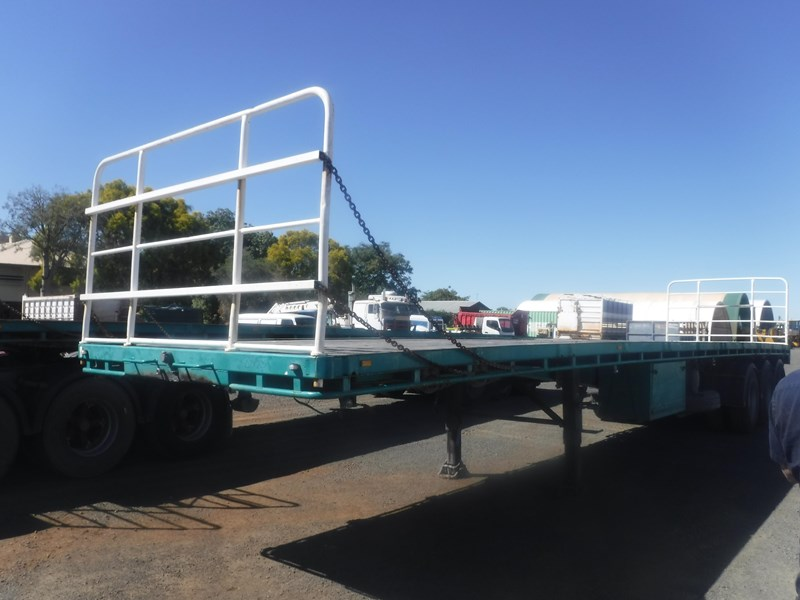 krueger 44ft flat top trailer 696353 002