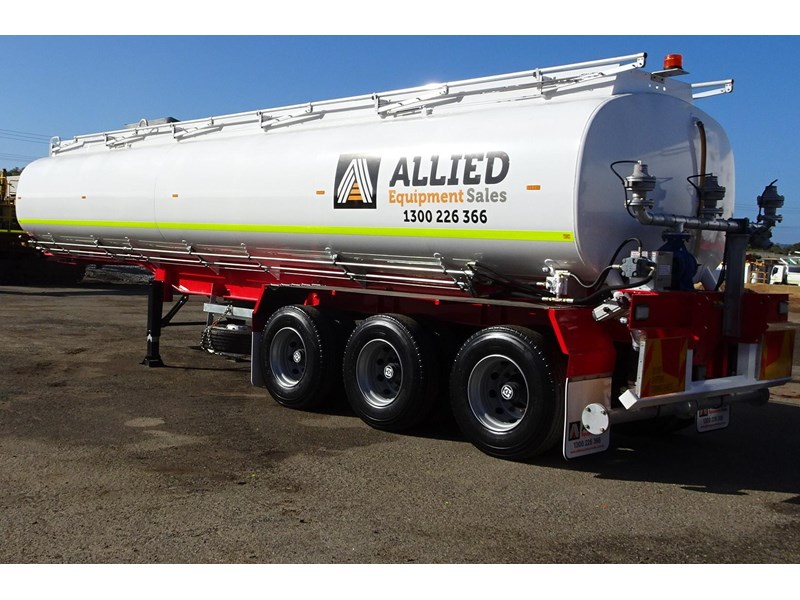 action tri axle tanker trailer 701574 004