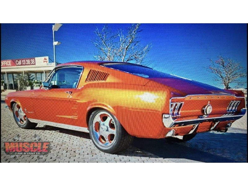 ford mustang 702640 015