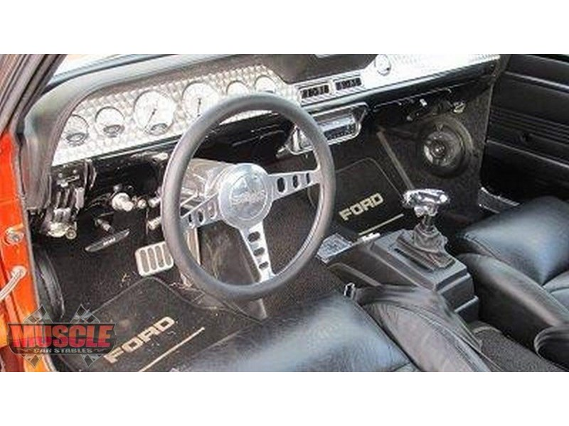 ford mustang 702640 019