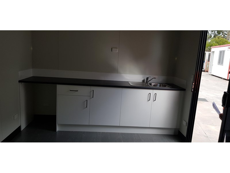 site office 4.8m x 3.0m site office / lunchroom 698936 003