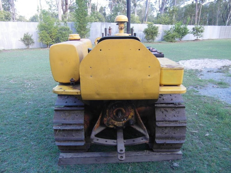 CATERPILLAR D2 4U for sale