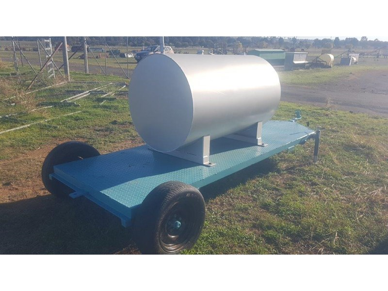 fuel tank on trailer 950 ltr 703571 006