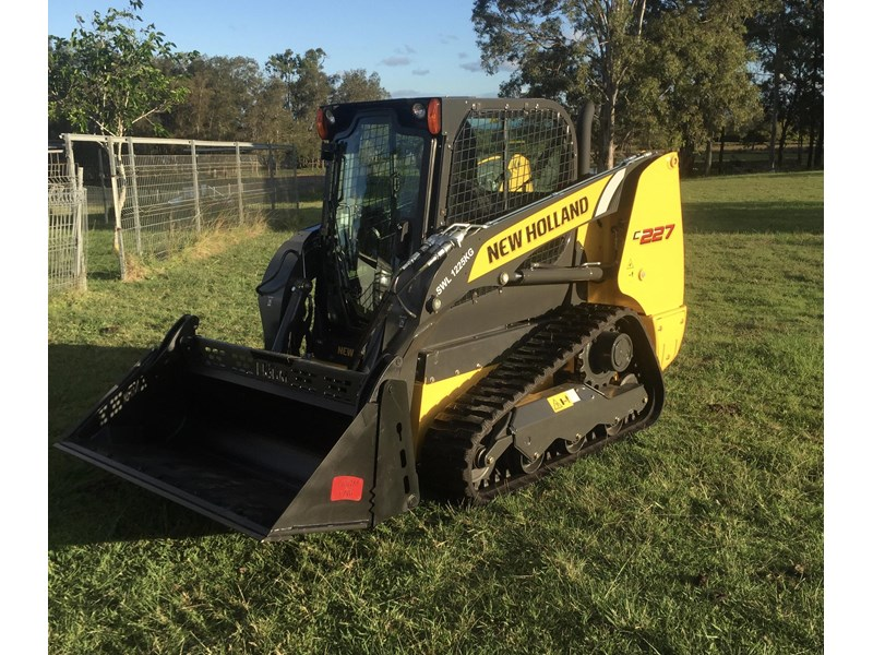 Track Loader For Sale >> New Holland C 227 Compact Track Loader For Sale