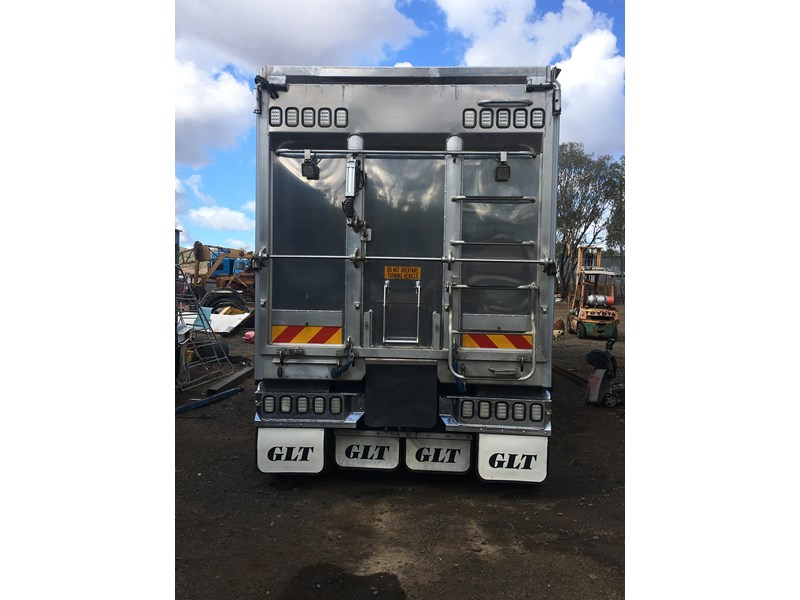 graham lusty glt tri axle 703982 003