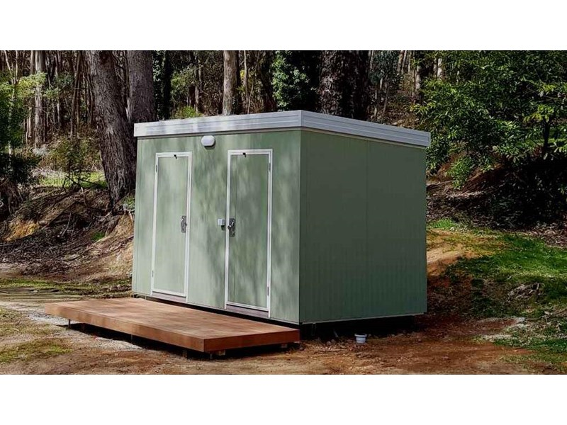 ryebucks portables toilet block 646240 001