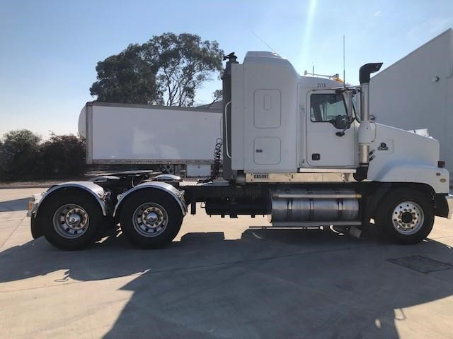 2005 MACK TRIDENT for sale