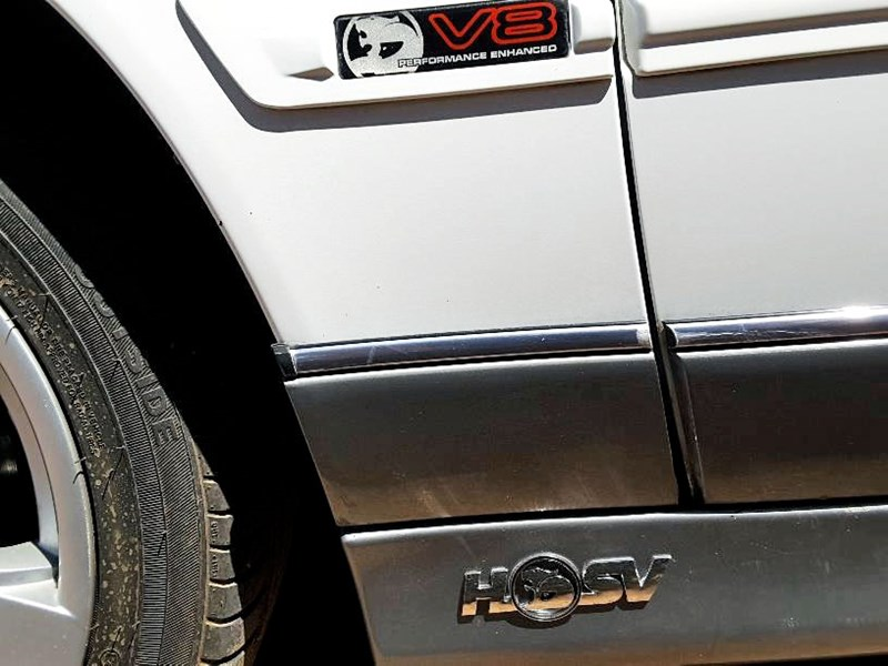 holden hsv 706702 007