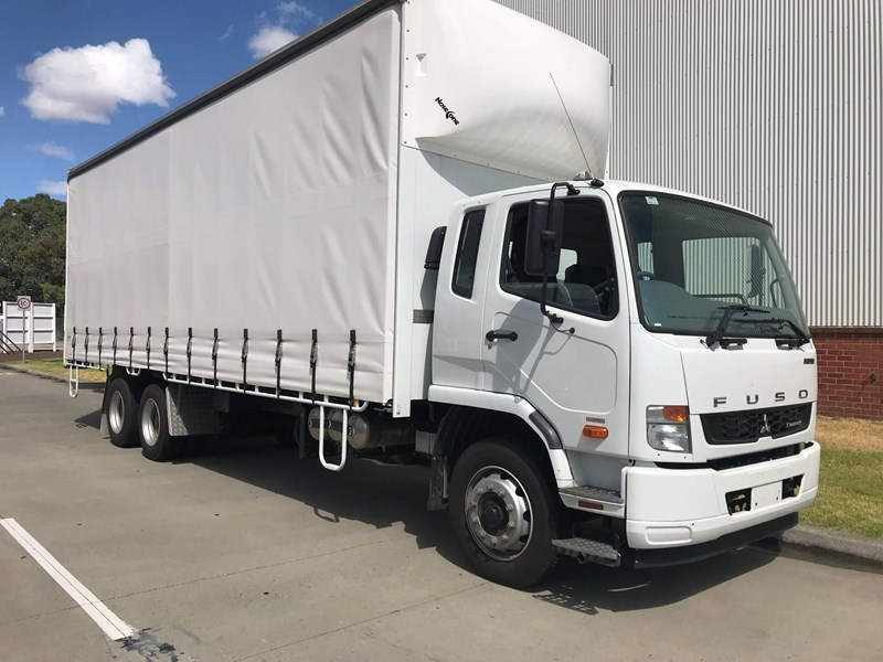 fuso fighter 2427 677607 007