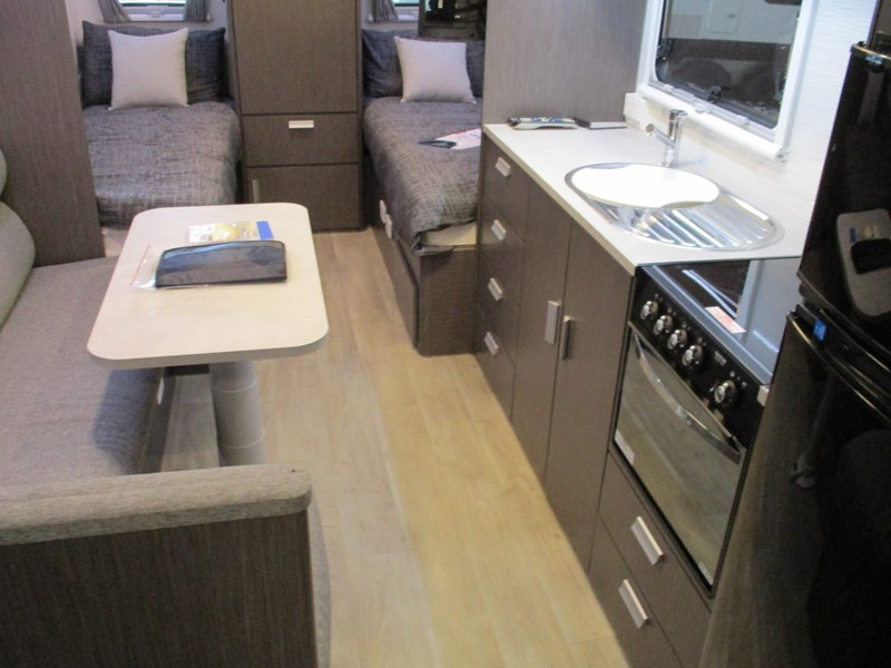 jayco journey 19.61-2 single beds 705886 005
